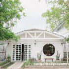 """มินิมอลคาเฟ่โคราช - รวมรีวิวร้าน """"เขมจิตต์ คาเฟ่ แอนด์ เบด"""" จ.นครราชสีมา โดย #รีวิวอีสาน #รีวิวโคราช reviewesan.com"""